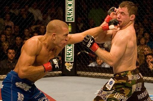 Georges St. Pierre vs. Matt Hughes at UFC 79