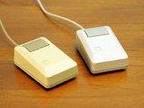 File:Apple Macintosh Plus mouse small.jpg