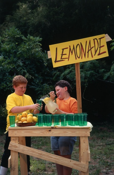 File:Lemonadestand.jpg